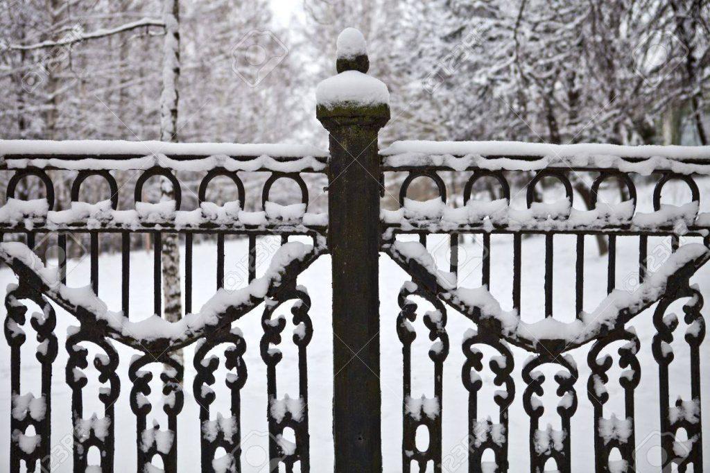 آماده سازی نرده برای زمستان